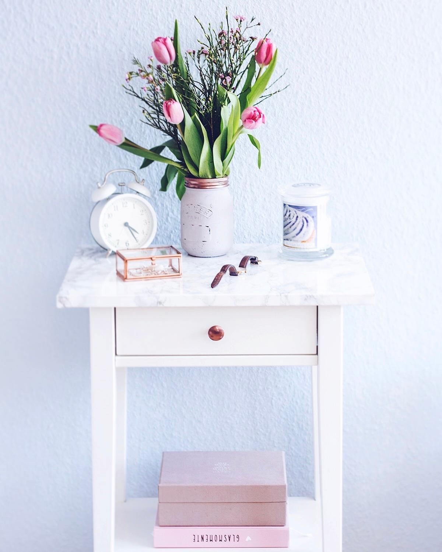 awesome ikea schlafzimmer nachttisch #1: Ikea Nachttisch mit DIY Marmorplatte #schlafzimmer #nachttisch #ikea