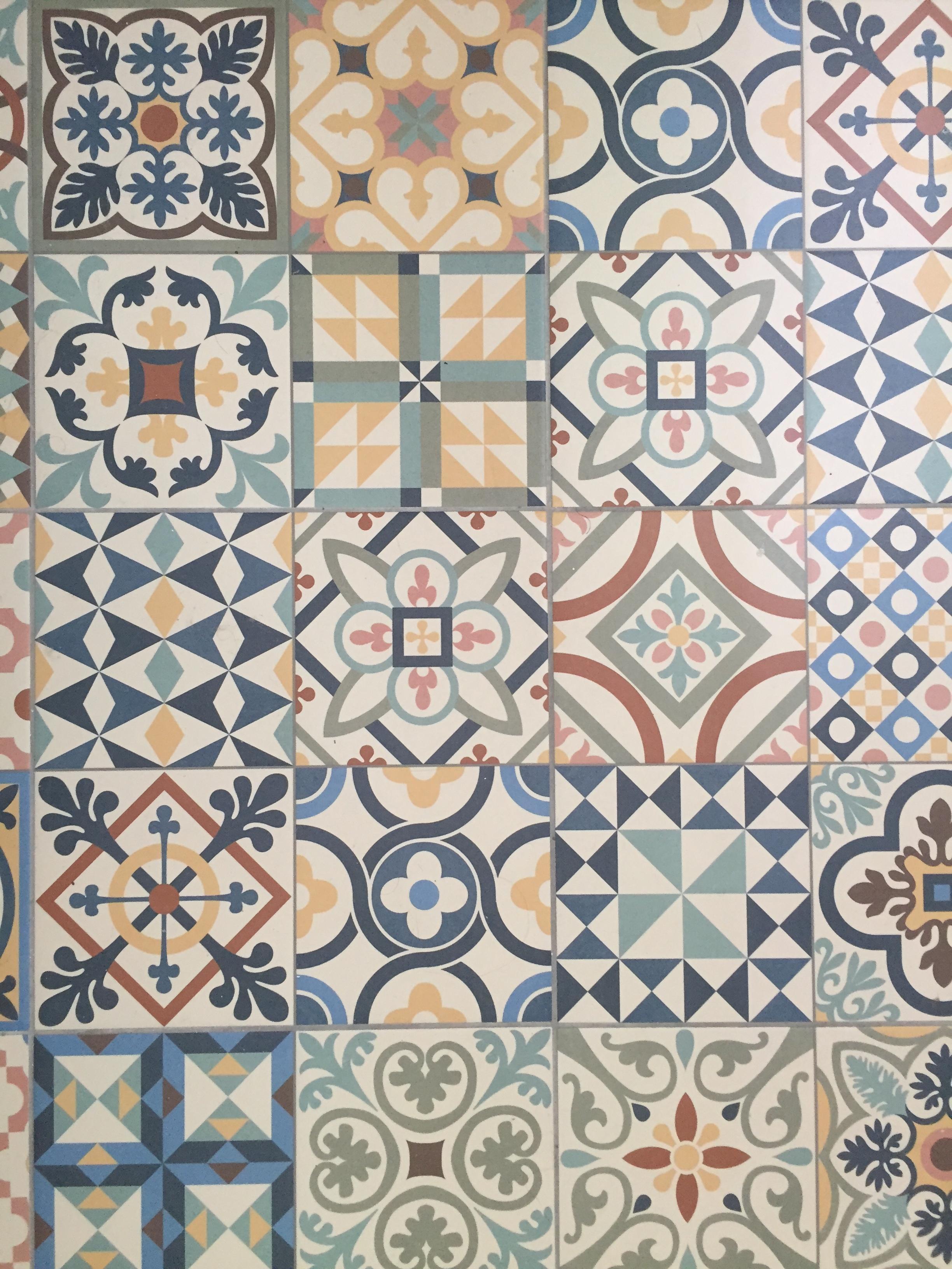 Gut In Lissabon Findet Man Eine Unglaublich Schöne Auswahl An Fliesen. Was  Meint Ihr Zu Dieser