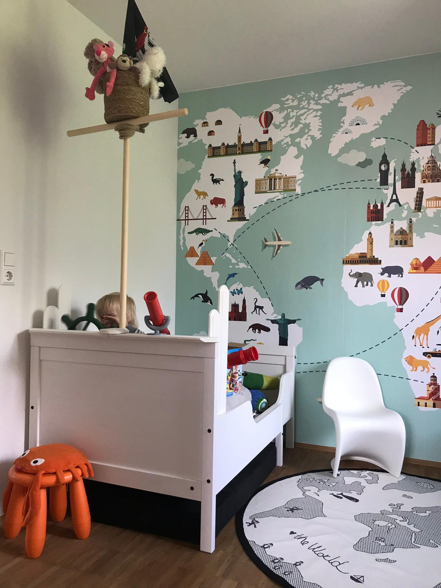 In love with wallpaper #kinderzimmer #boysroom #wallpaper