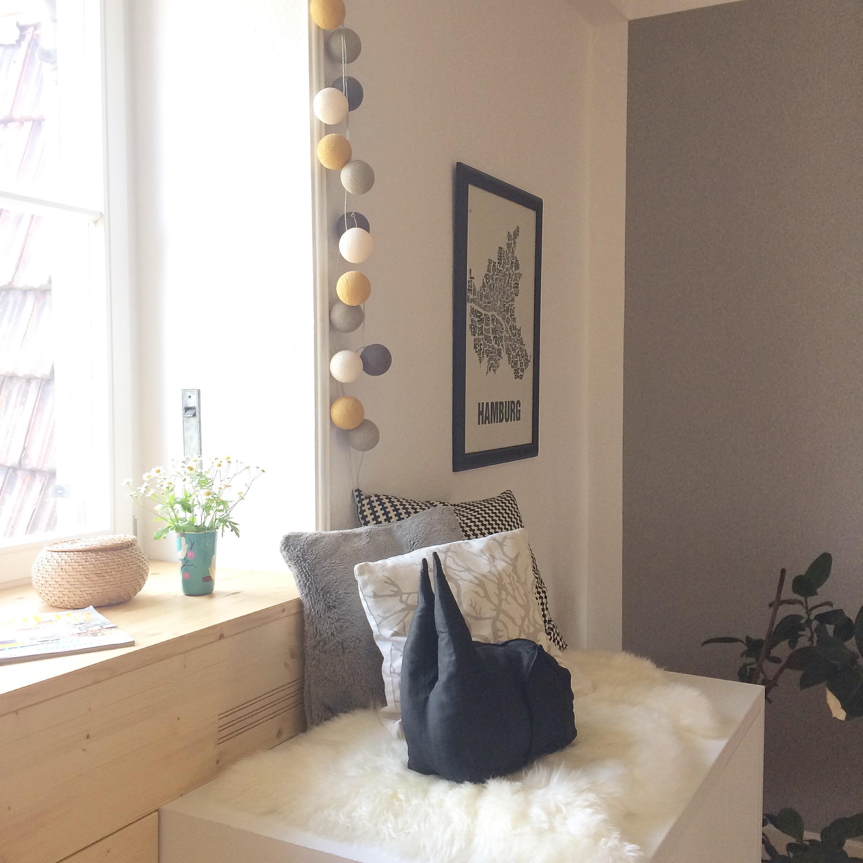 awesome einfache dekoration und mobel die wohnung traegt jeans 2 #11: Indoor-Balkon II #diy #interior #scandystyle #lichterkette #hygge  #schwarzweiß