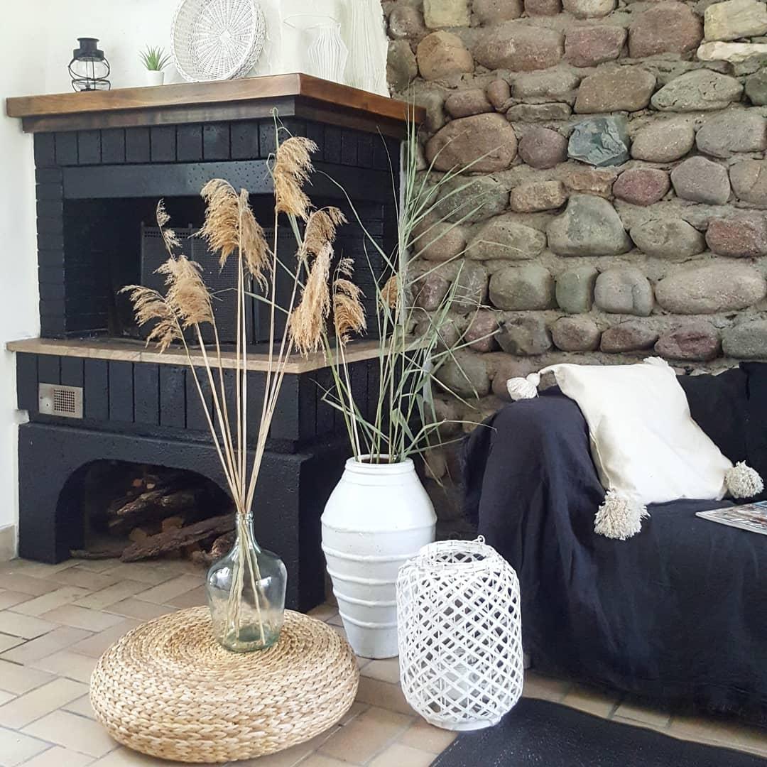 Attirant #interior #deko #couchstyle #natursteinwand