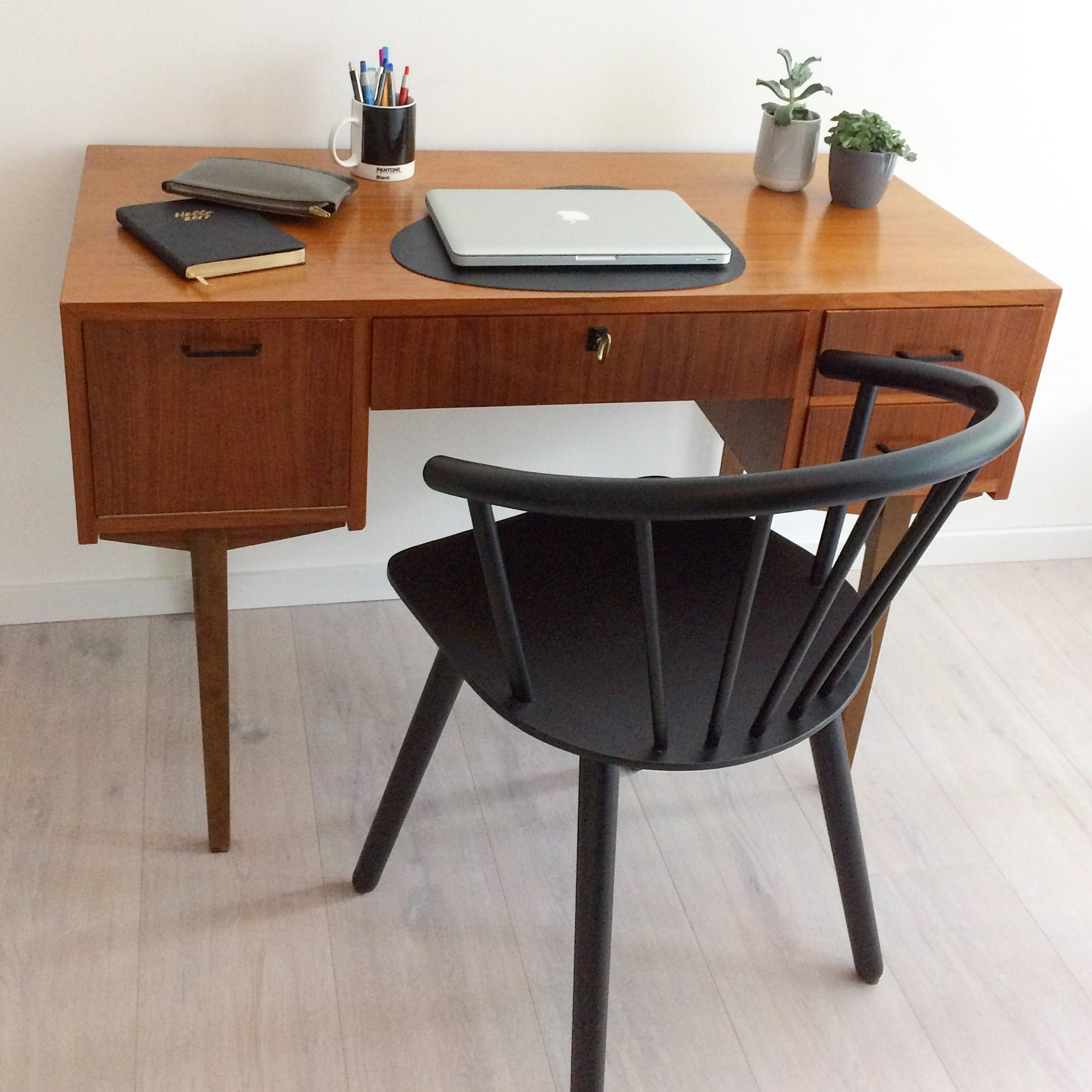 #interior #desk #workspace #teak #midcentury #vintage