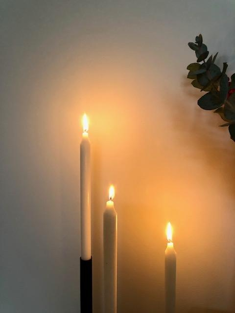 It ́s that season. #candles #candlelight #kerzen #kerzenlicht #shine #cozy #itsthatseason #couchliebt