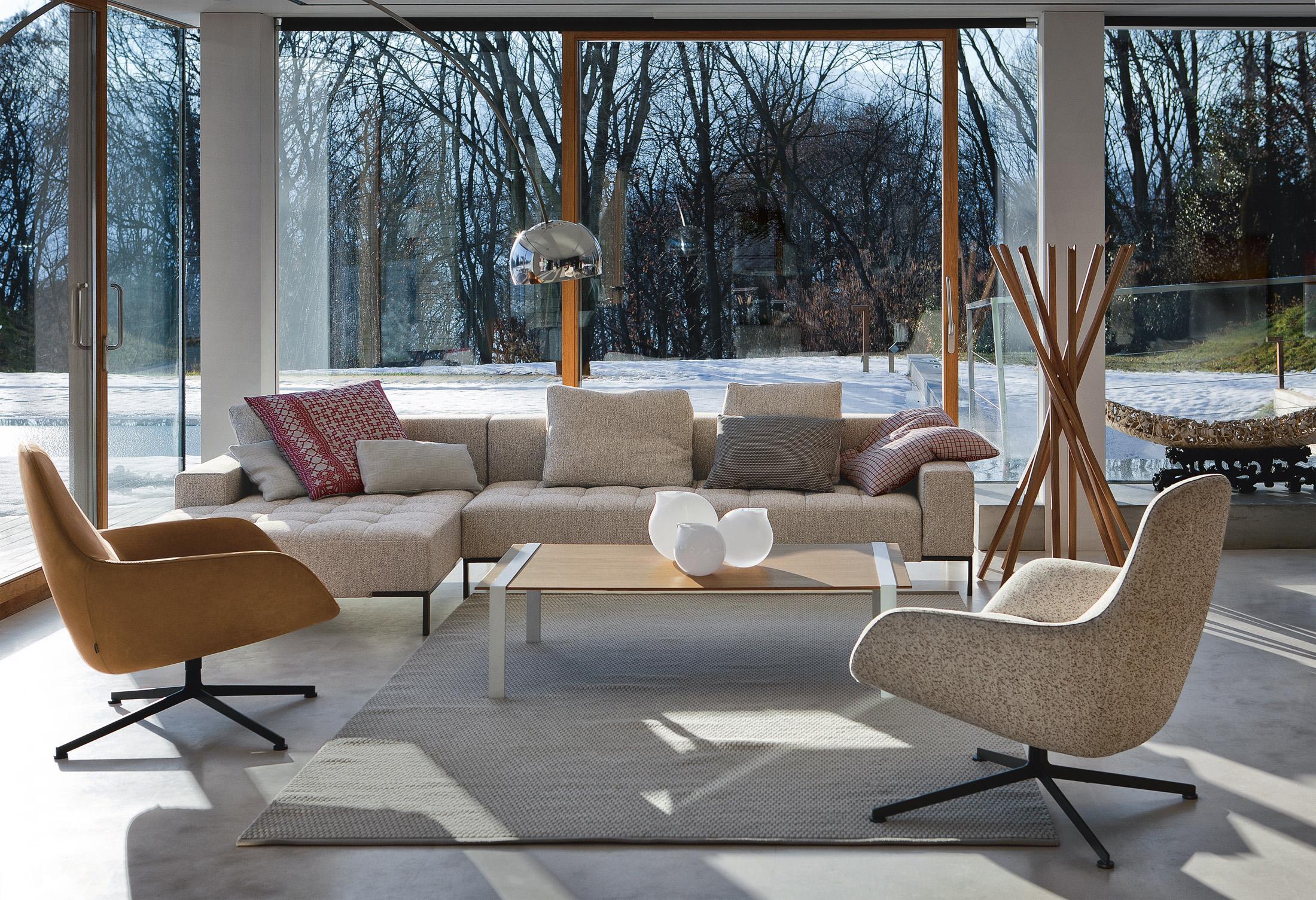 Italienische m bel bilder ideen couchstyle for Holztisch couch