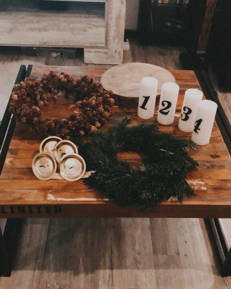 Its beginning to look a lot like christmas..... #mostfavoritetimeoftheyear#advent#diy#inspo#hygge#cozyhome