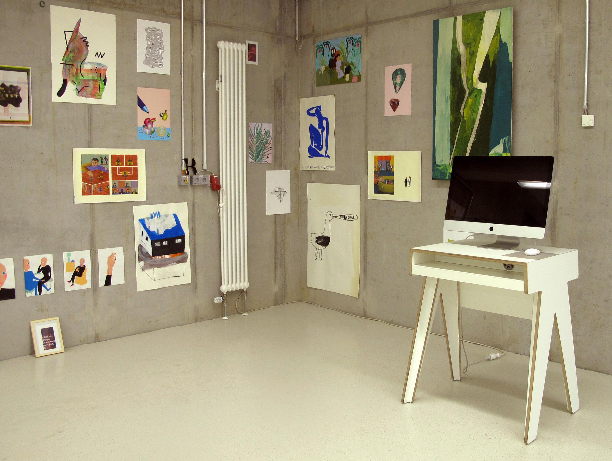 jahresausstellung der burg giebichenstein kunsthochschule halle mit einzelner imacunit ablage computertisch sekretr - Computertisch Fr Imac 27