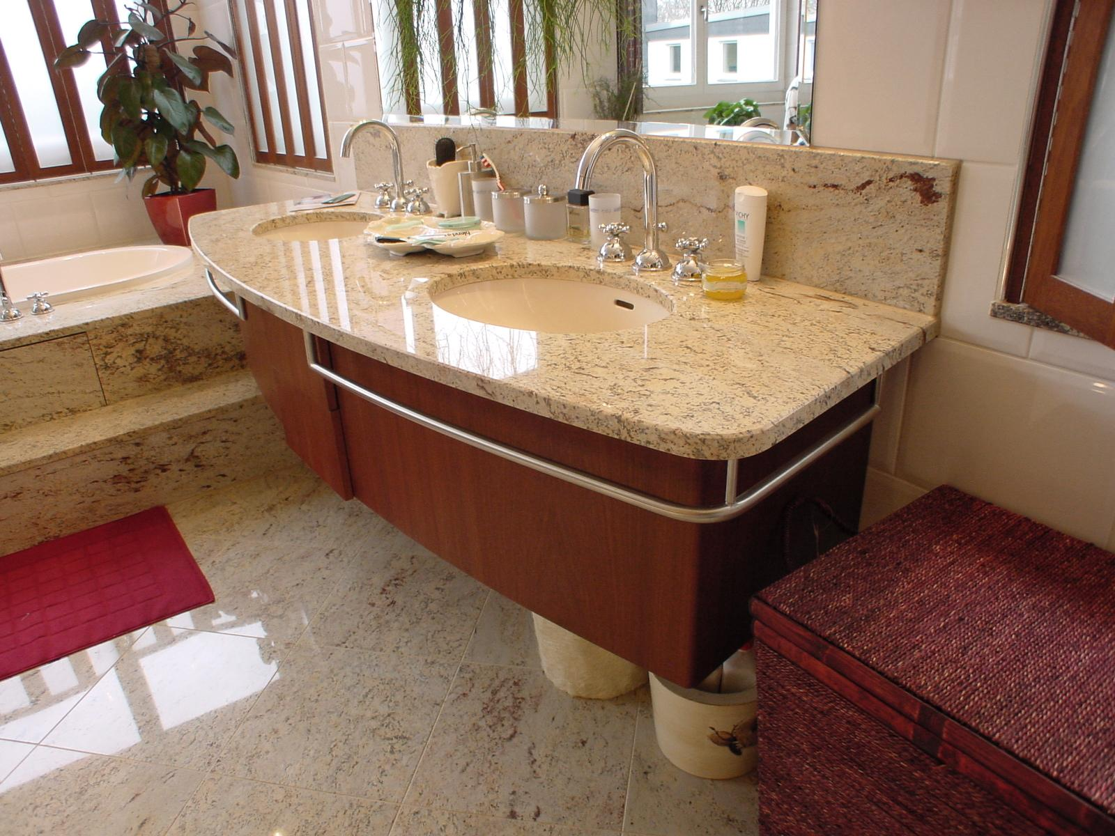Jugendstil Villa In Essen #badezimmer #altbau #natur U2022 COUCHstyle  U003e Jugendstil  Badezimmer