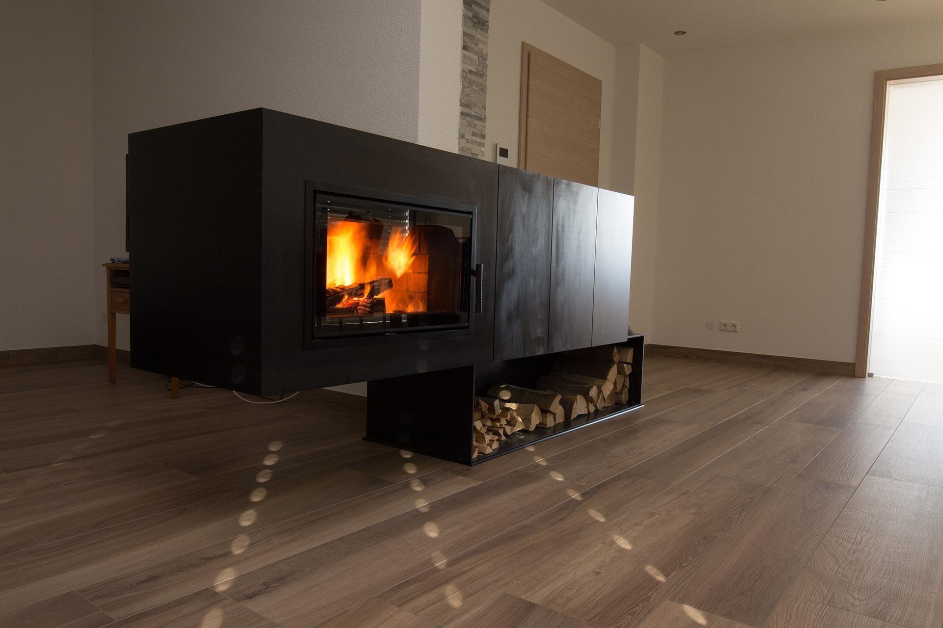 93 tipps zum wohnzimmer gestalten marmor stein modern - Kaminwand gestalten ...