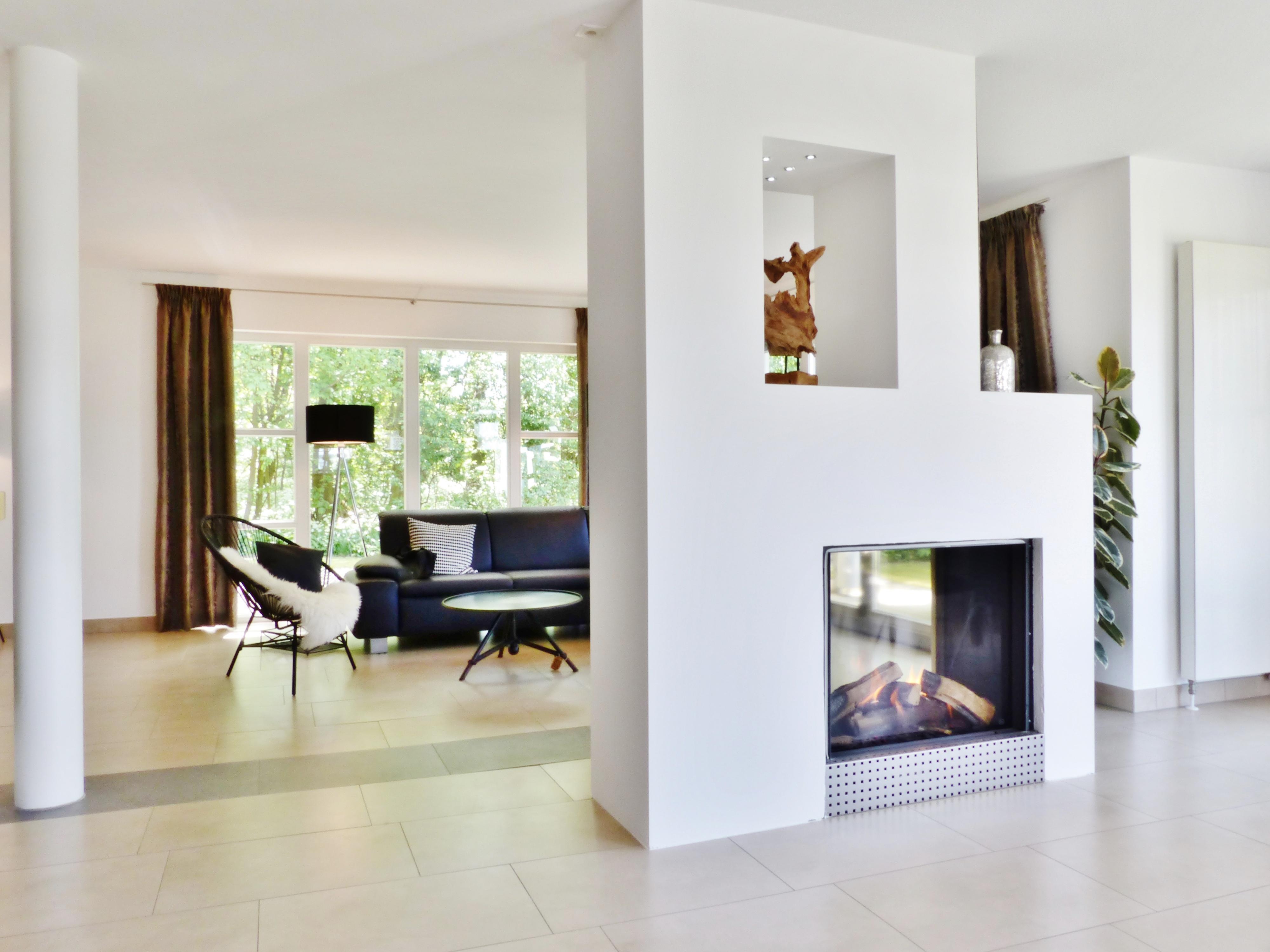 Kaminecke bilder ideen couchstyle for 99chairs wohnzimmer