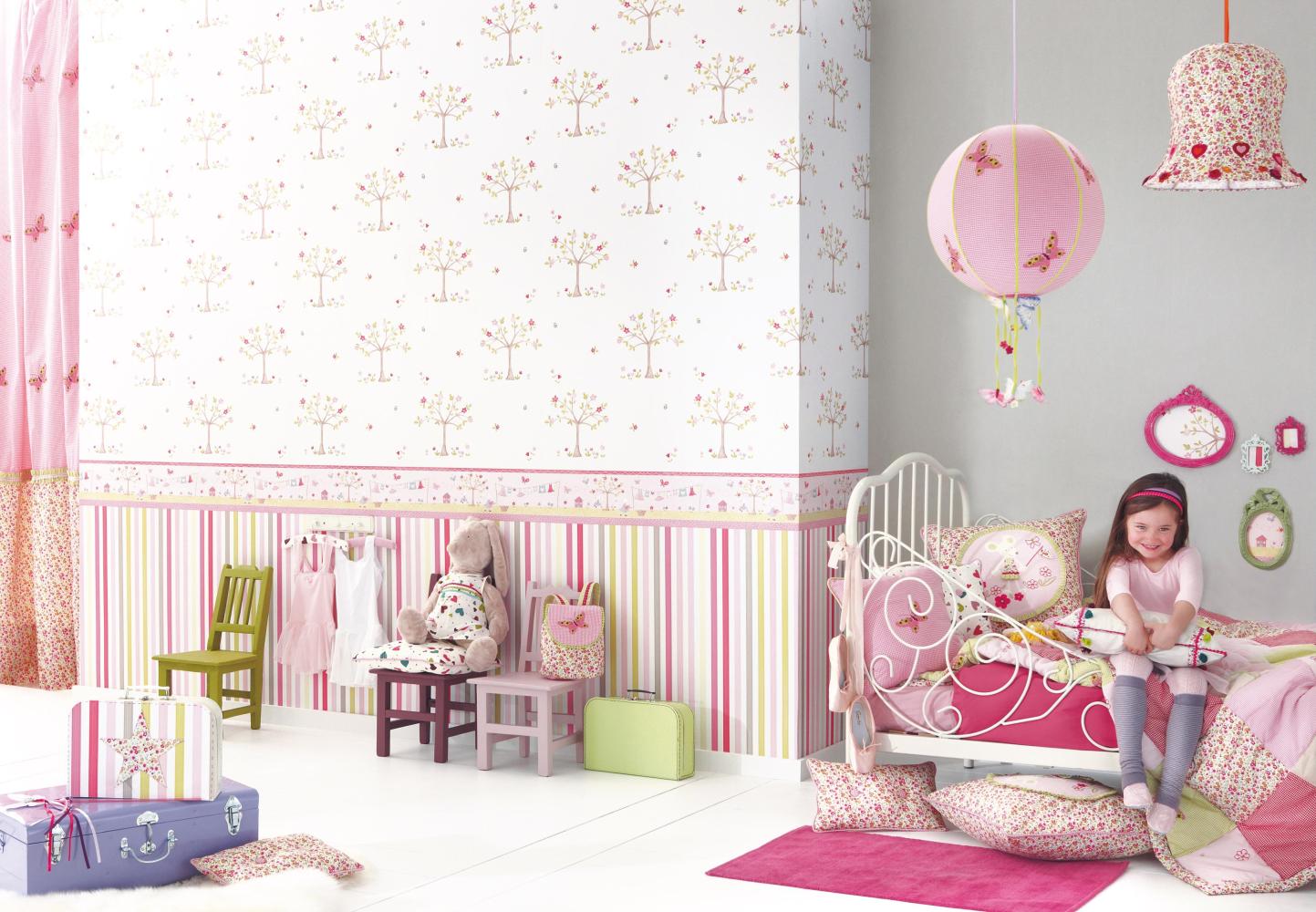 Kindertapeten Und Kinderstoffe U0027Lollipopsu0027 Von Camengo #kinderbett  #romantischeskinderbett #rosafarbeneskinderzimmer #rosafarbenesmädchenzimmer