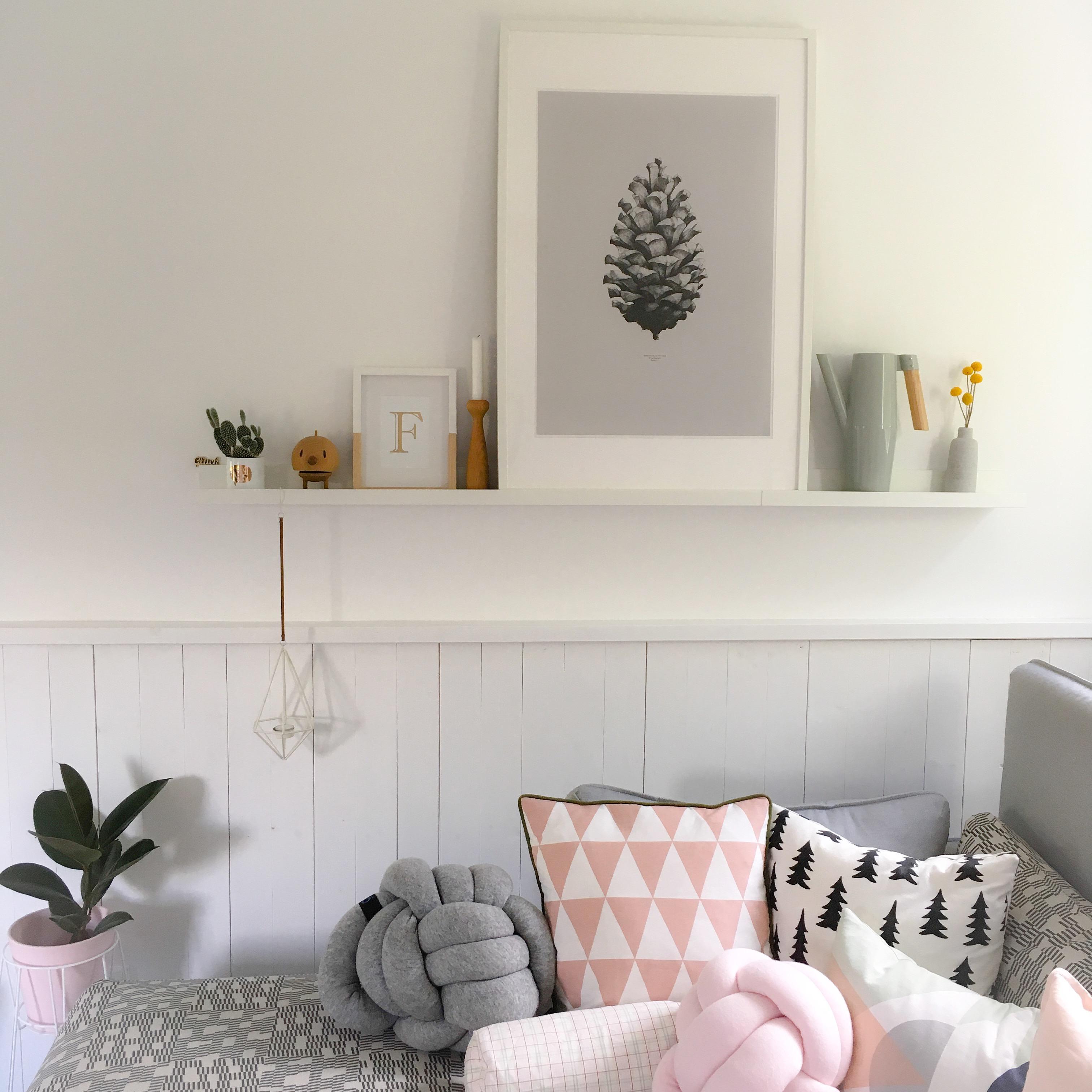 Kissenparade Regal Shelfie Kissen Wohnzimmer Livingroom Scandi Nordic
