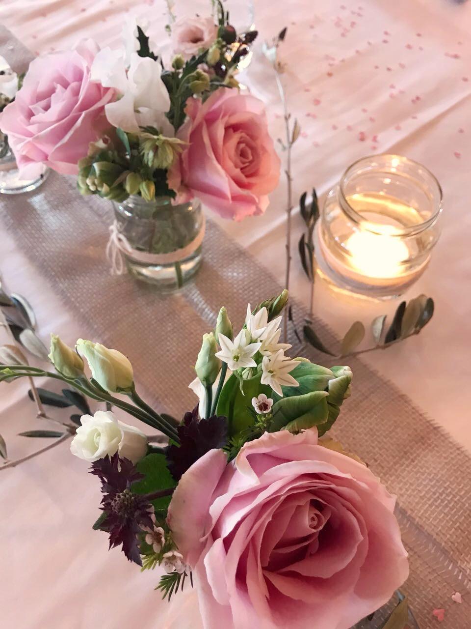 Klassische Tischdekoration Mit Rosen Hochzeit Rose