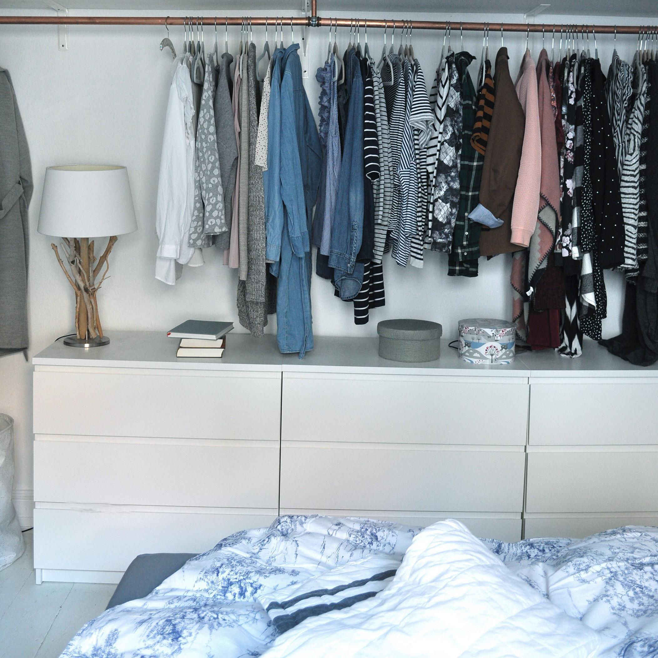 kleiderschrank #diy #kleiderstange #schlafzimmer #s