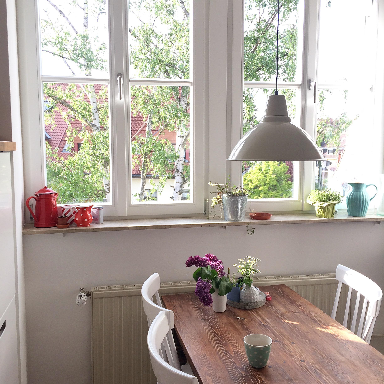 Wunderbar Kleine Küchentische Für Zwei Fotos - Ideen Für Die Küche ...