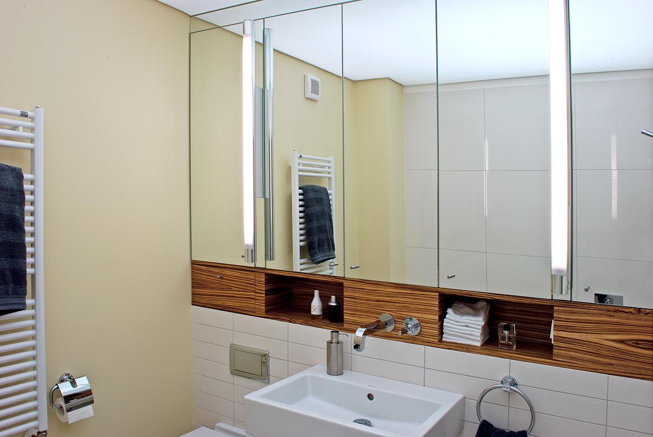 Kleines Bad Ganz Groß #kleinesbadezimmer ©Werner Dielen