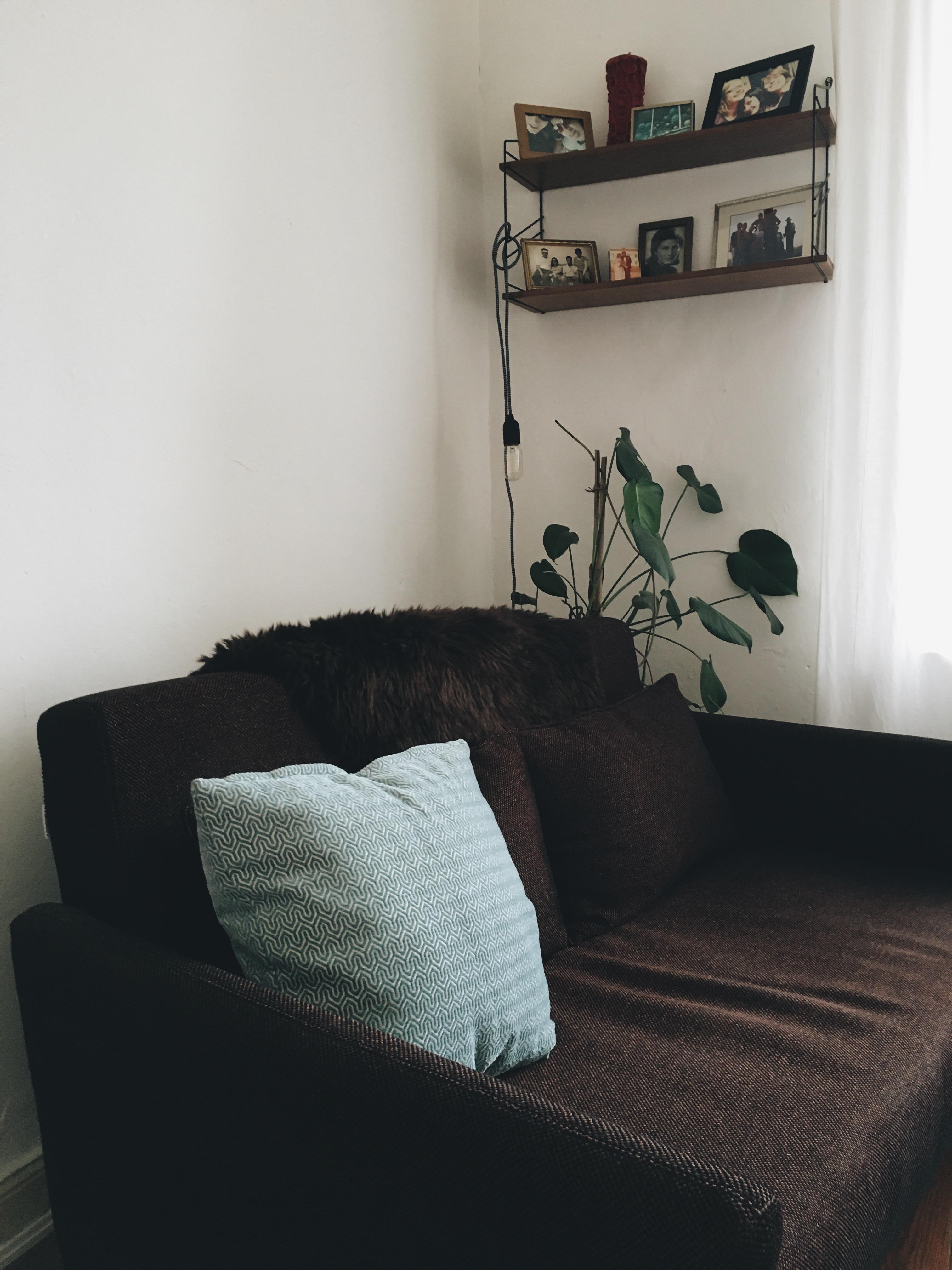 Kleines Sofa In Kleinem Wohnzimmer #schlafsofa #sofa