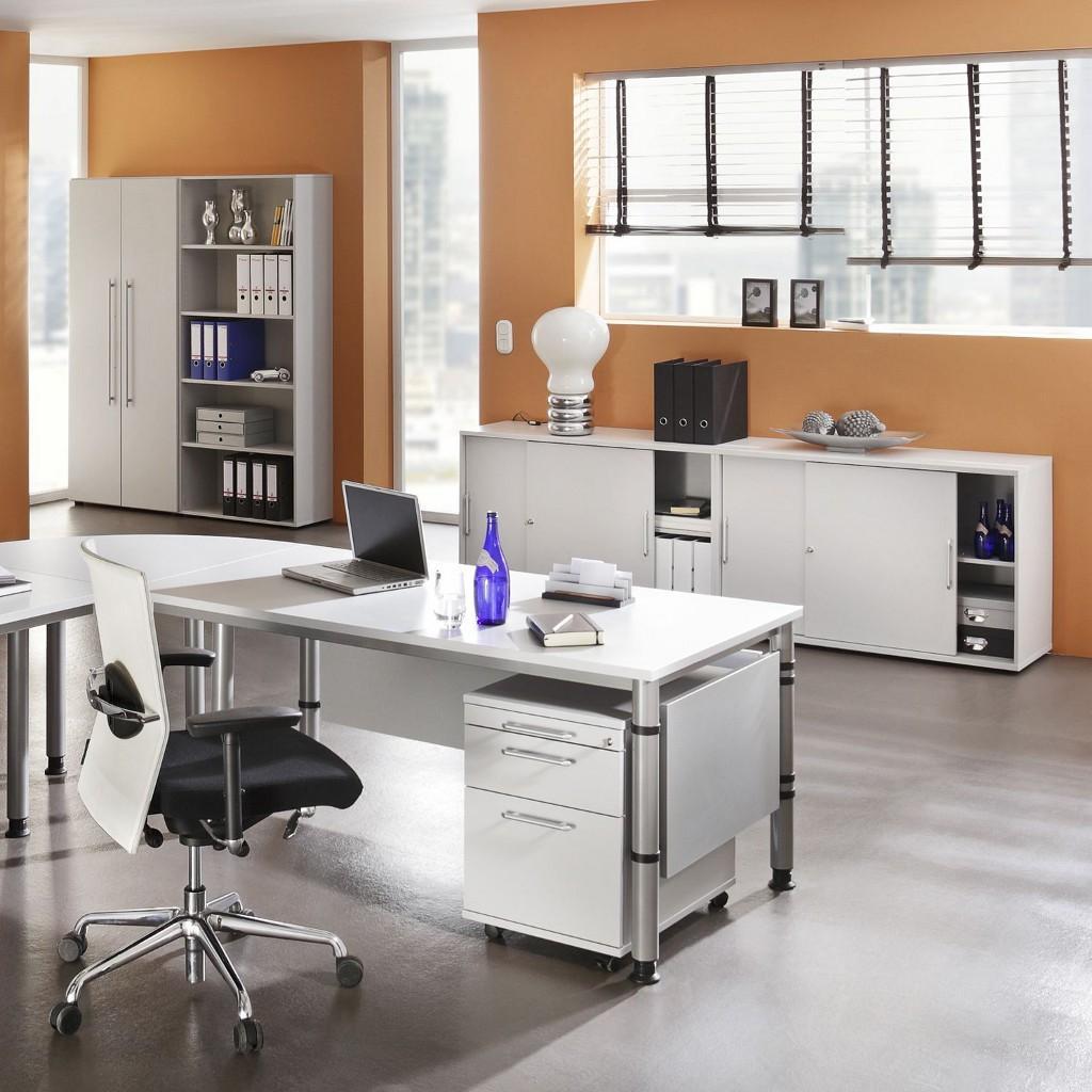 Komplettbüro In Weiß #büromöbel #bürostuhl #wandfarbe #arbeitszimmer  #sideboard #aktenschrank #