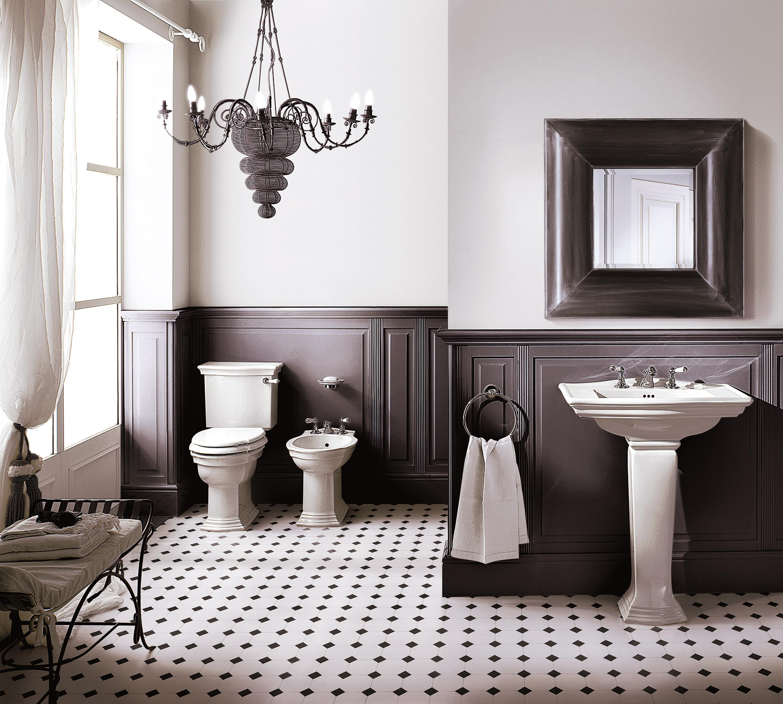 Kronleuchter Im Badezimmer #Fliesen #Eklektisch #Bad