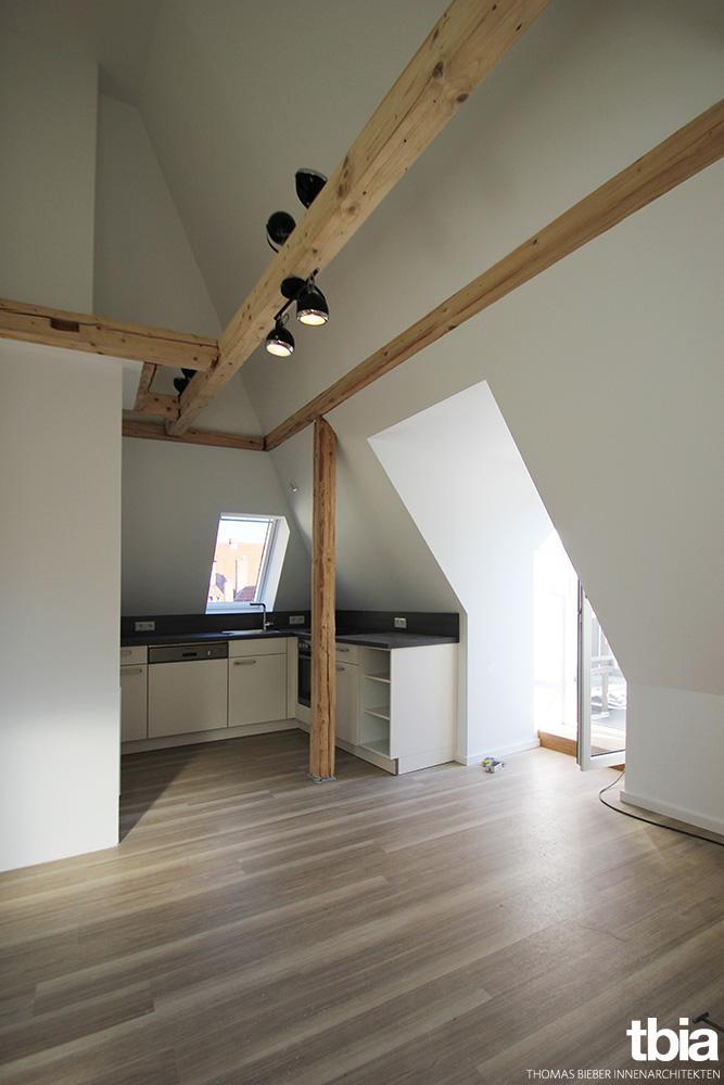 dachgeschosswohnung bilder ideen couchstyle. Black Bedroom Furniture Sets. Home Design Ideas
