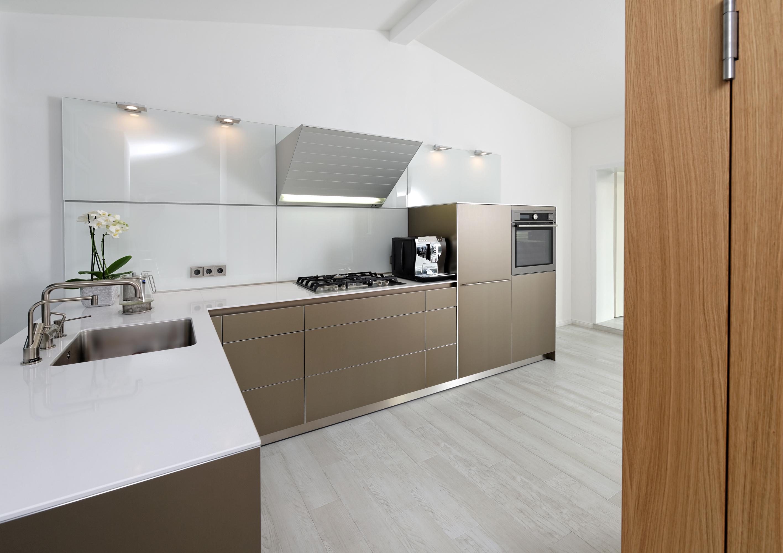 emejing kleine k che l form gallery house design ideas. Black Bedroom Furniture Sets. Home Design Ideas