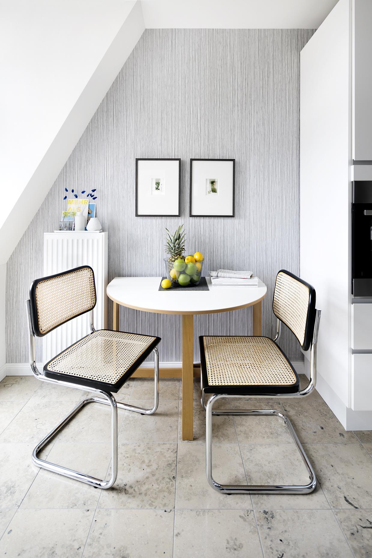 dachschr ge bilder ideen couchstyle. Black Bedroom Furniture Sets. Home Design Ideas