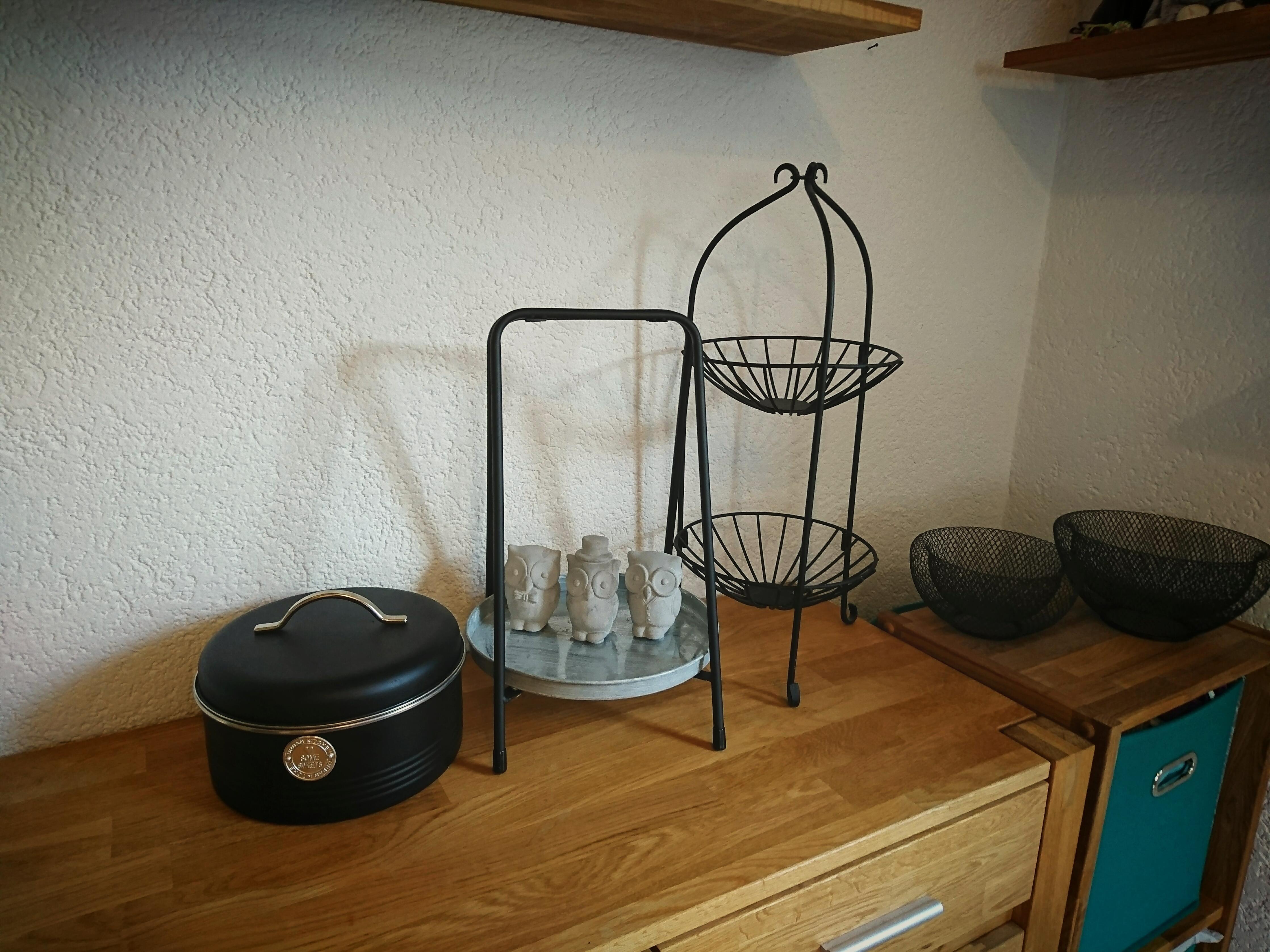 Küchendeko :) #küche #eiche #holz #schwarz #eulen .....
