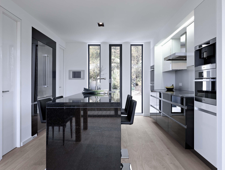 Schwarze Kücheninsel • Bilder & Ideen • COUCHstyle