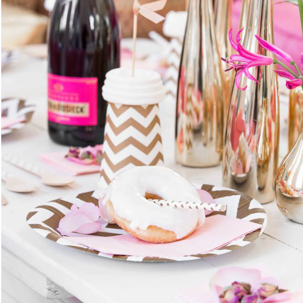 Let`s do party in pink ! #wohnzimmer #gartenparty #geburtstagsdeko ©Delight Departement