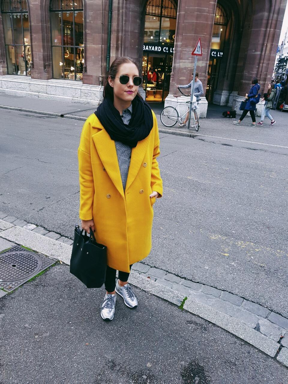 Liebe auf den ersten Blick 😍 #coloryourday #colors #fashion #fashiondaily #style #streetstyle #yellow #urban #urbanstyle