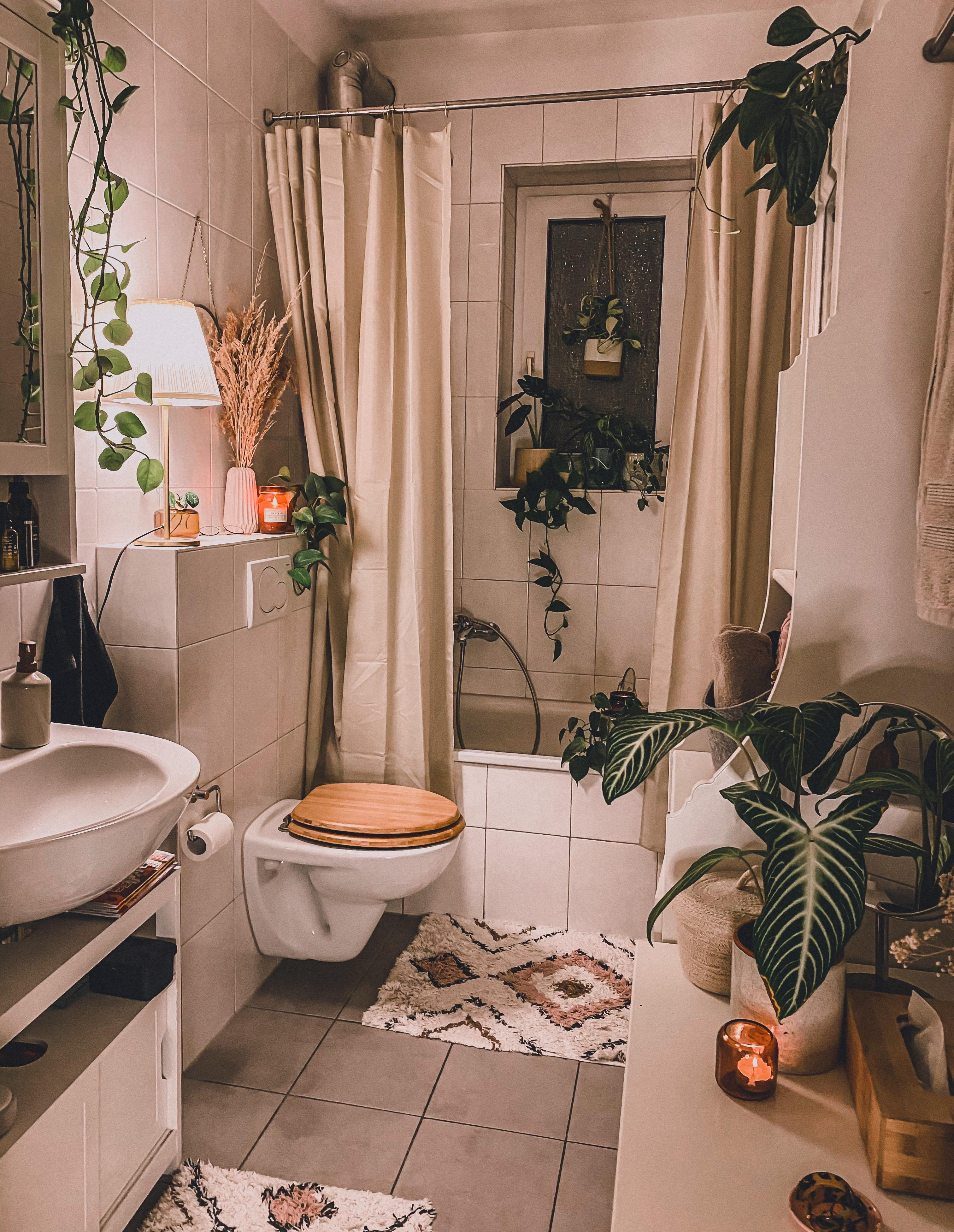 Liebs auch im Bad cozy #bathroom #interior #decoration