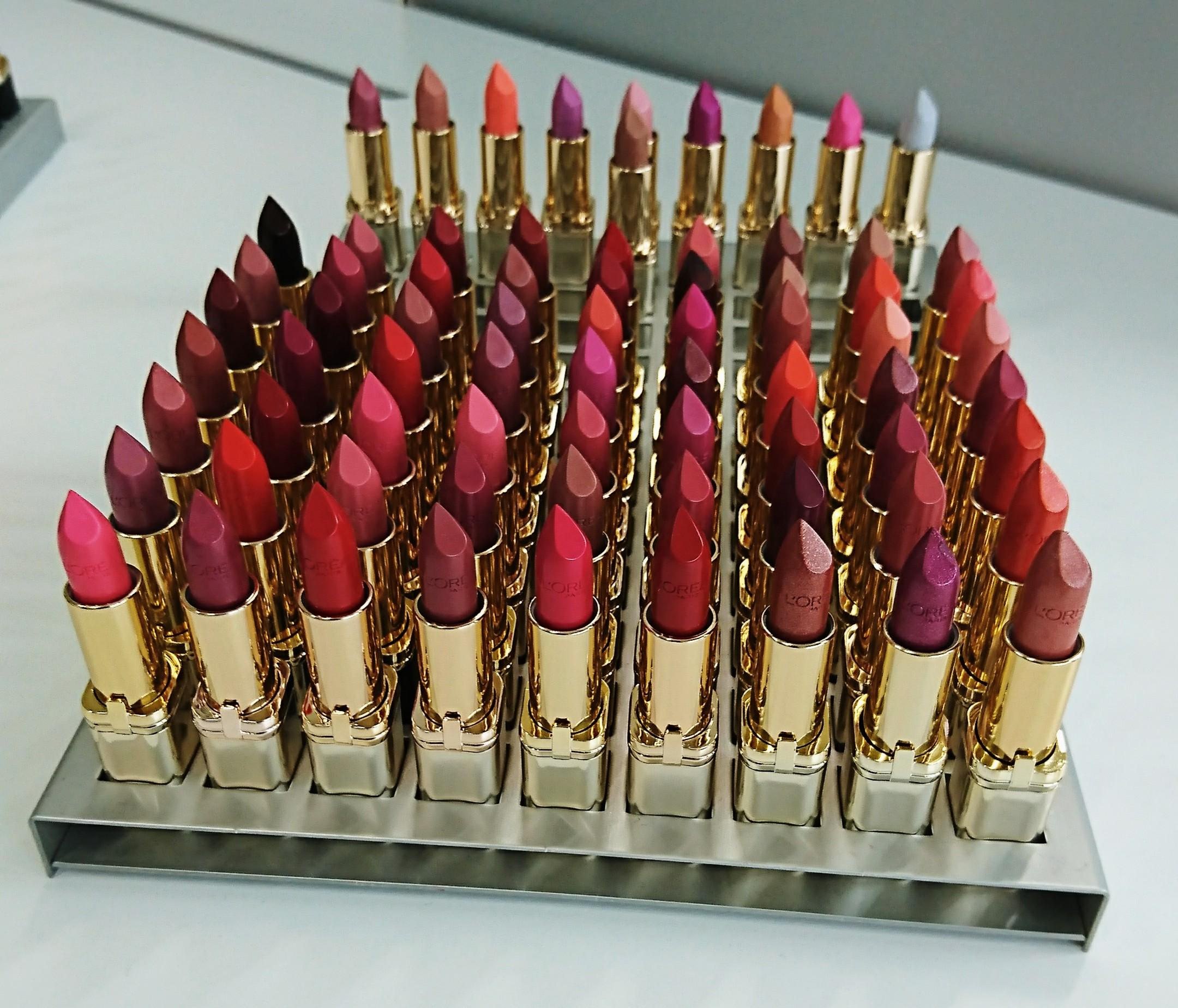 Lipstick love #colorcrush #loreal #kiss