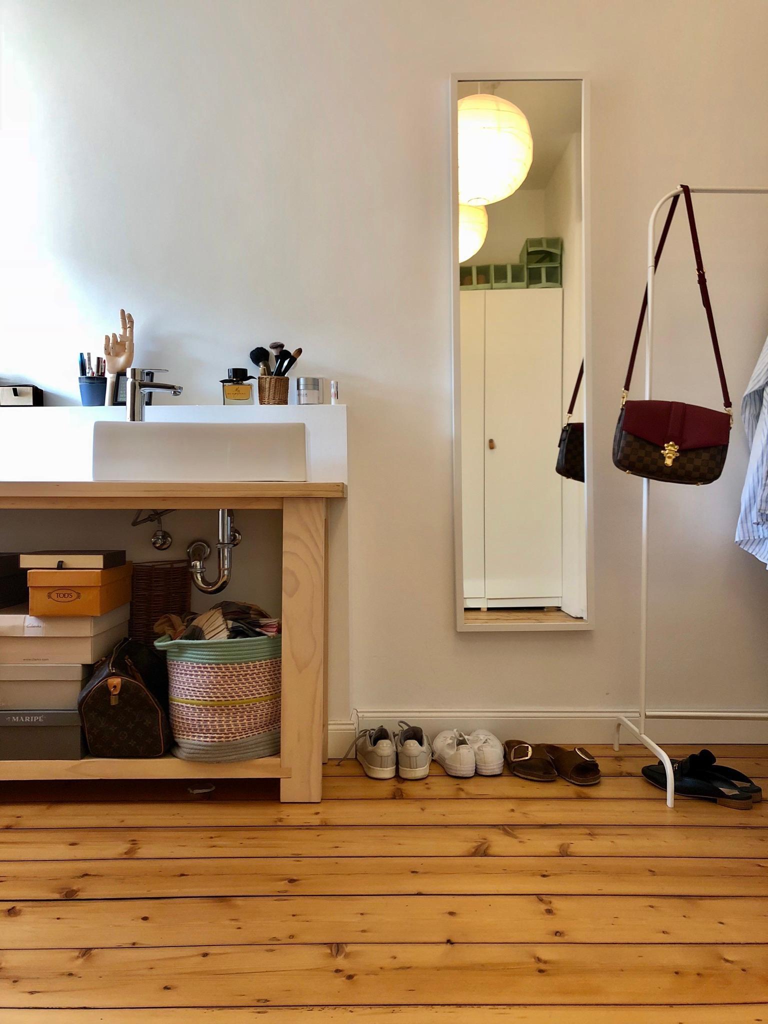 ikea hacks so machst du deine m bel zu einzelst cken. Black Bedroom Furniture Sets. Home Design Ideas
