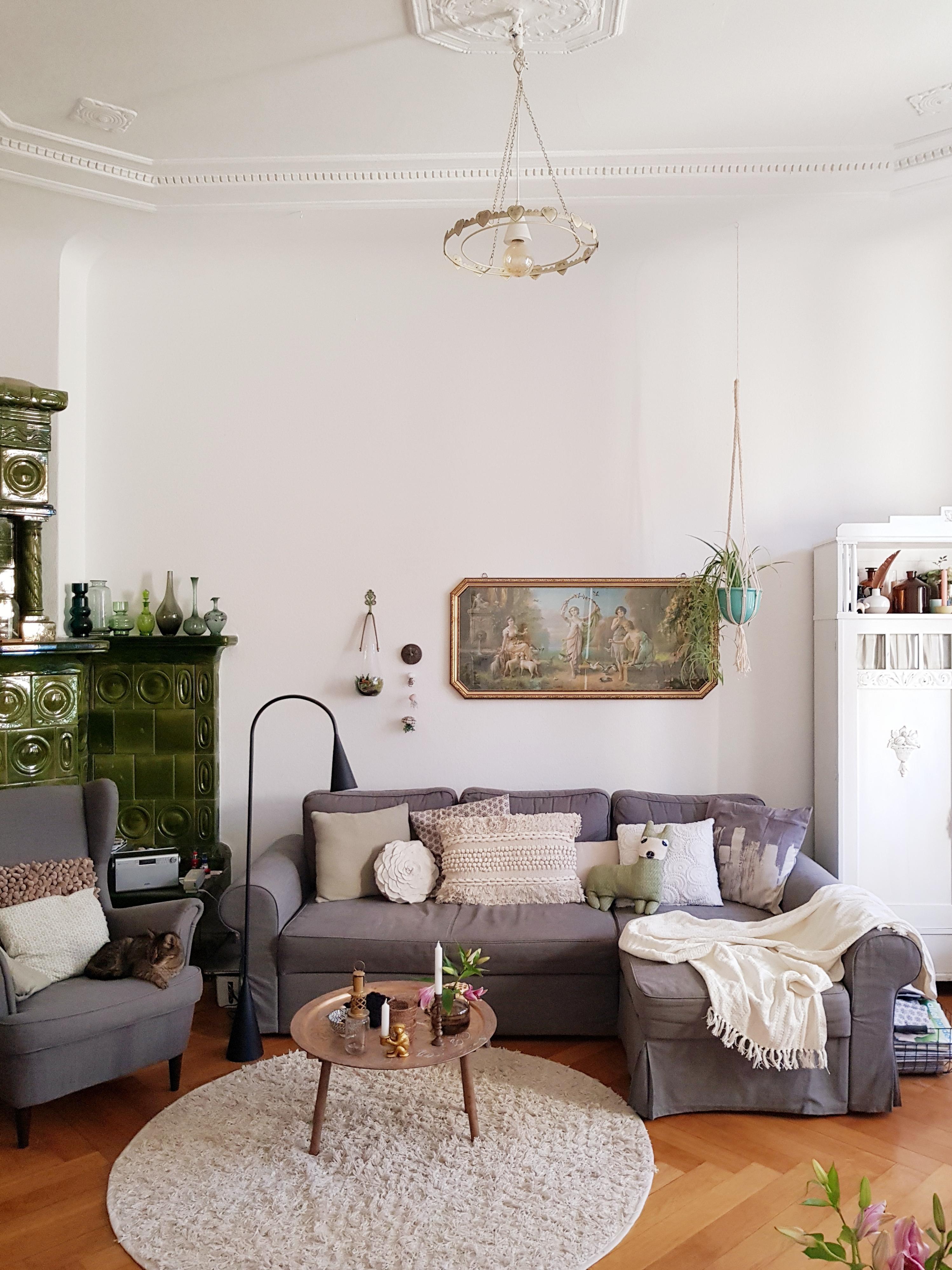 Hervorragend Livingchallenge Wohnzimmer Altbau Stuck Parkett Katze 28d5be26 E7ee 4aec  92e8 803f52ffa992