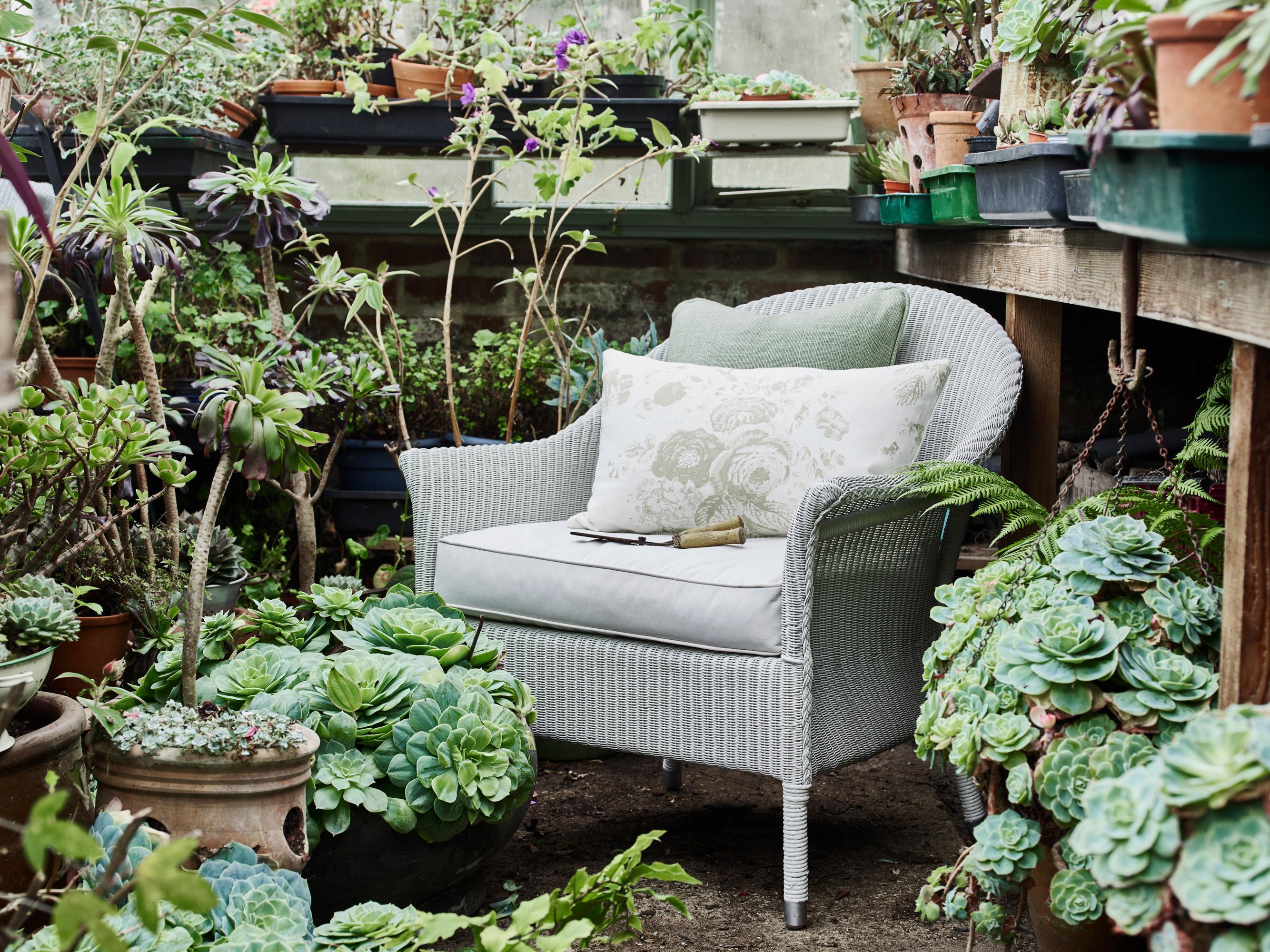 grauer sessel bilder ideen couch. Black Bedroom Furniture Sets. Home Design Ideas