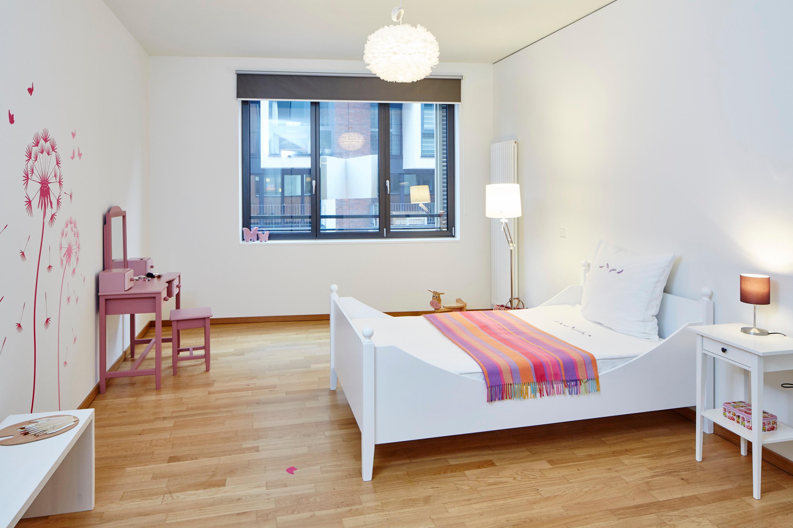Mädchenzimmer Mit Pink/rosa / Weiß #mädchenzimmer ©Herbert Ohge