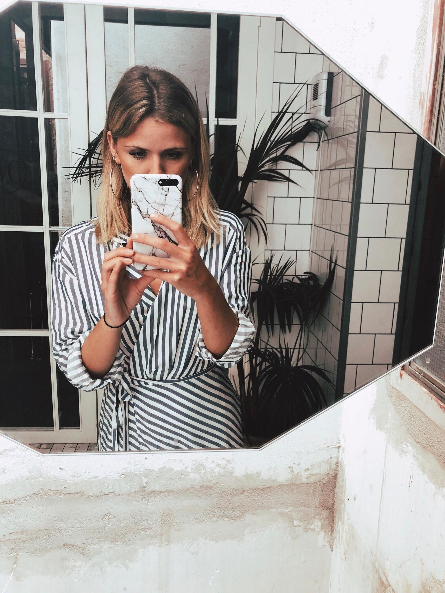 Marble and stripes #bathroomselfie #stripes #dress #style