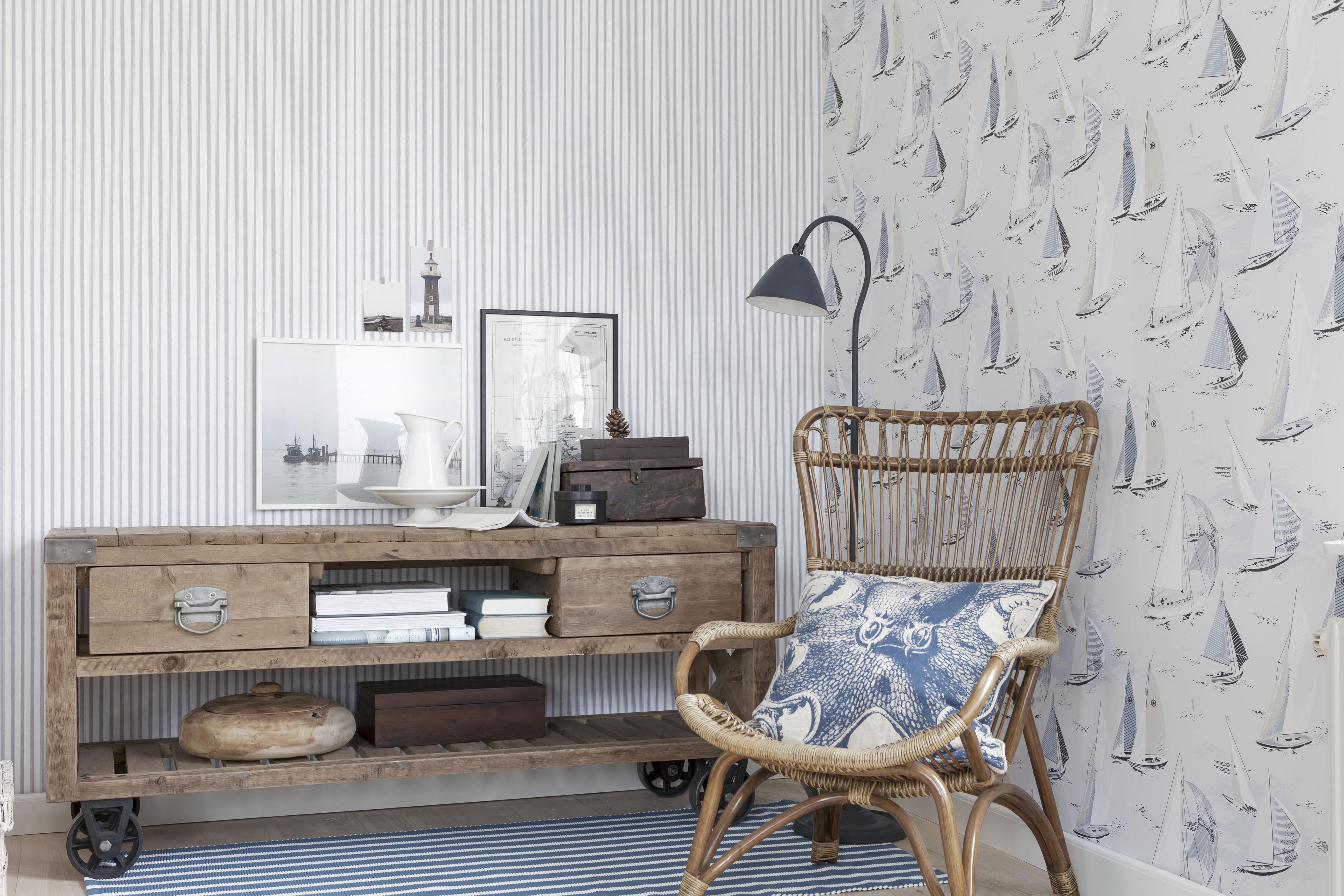 Maritime Wohnzimmergestaltung Teppich Sessel Steh