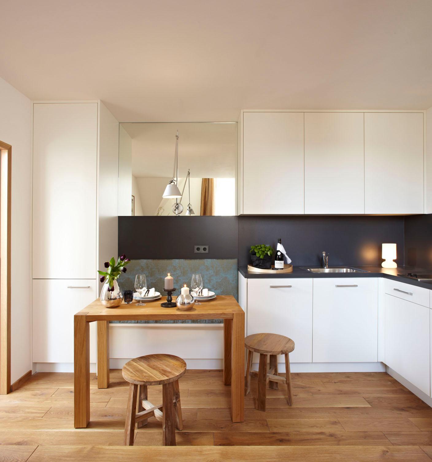 massgefertigte küche mit integrierter sitzbank spie