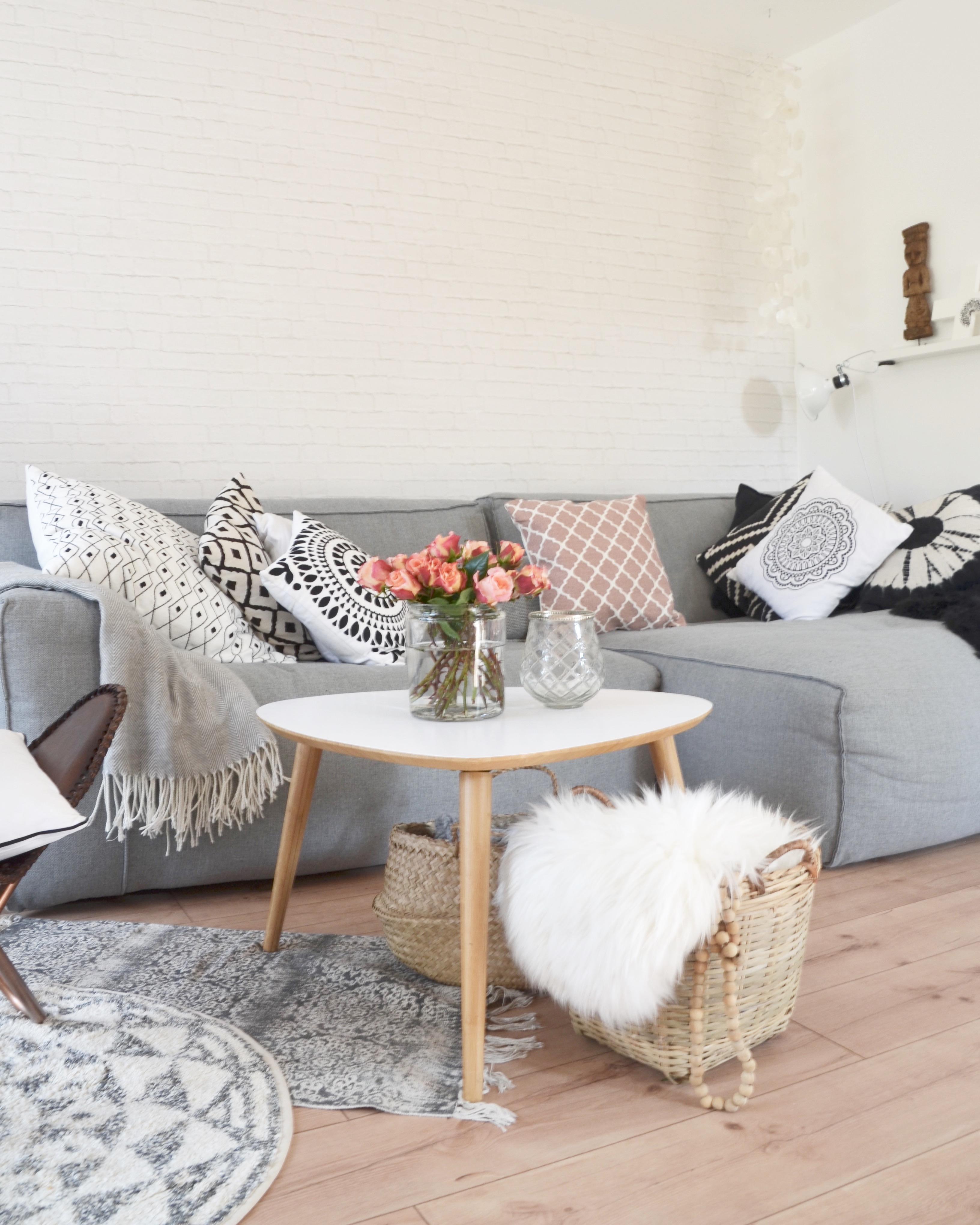 Ohne Eine Gemtliche Couch Mit Vielen Kissen Geht Es