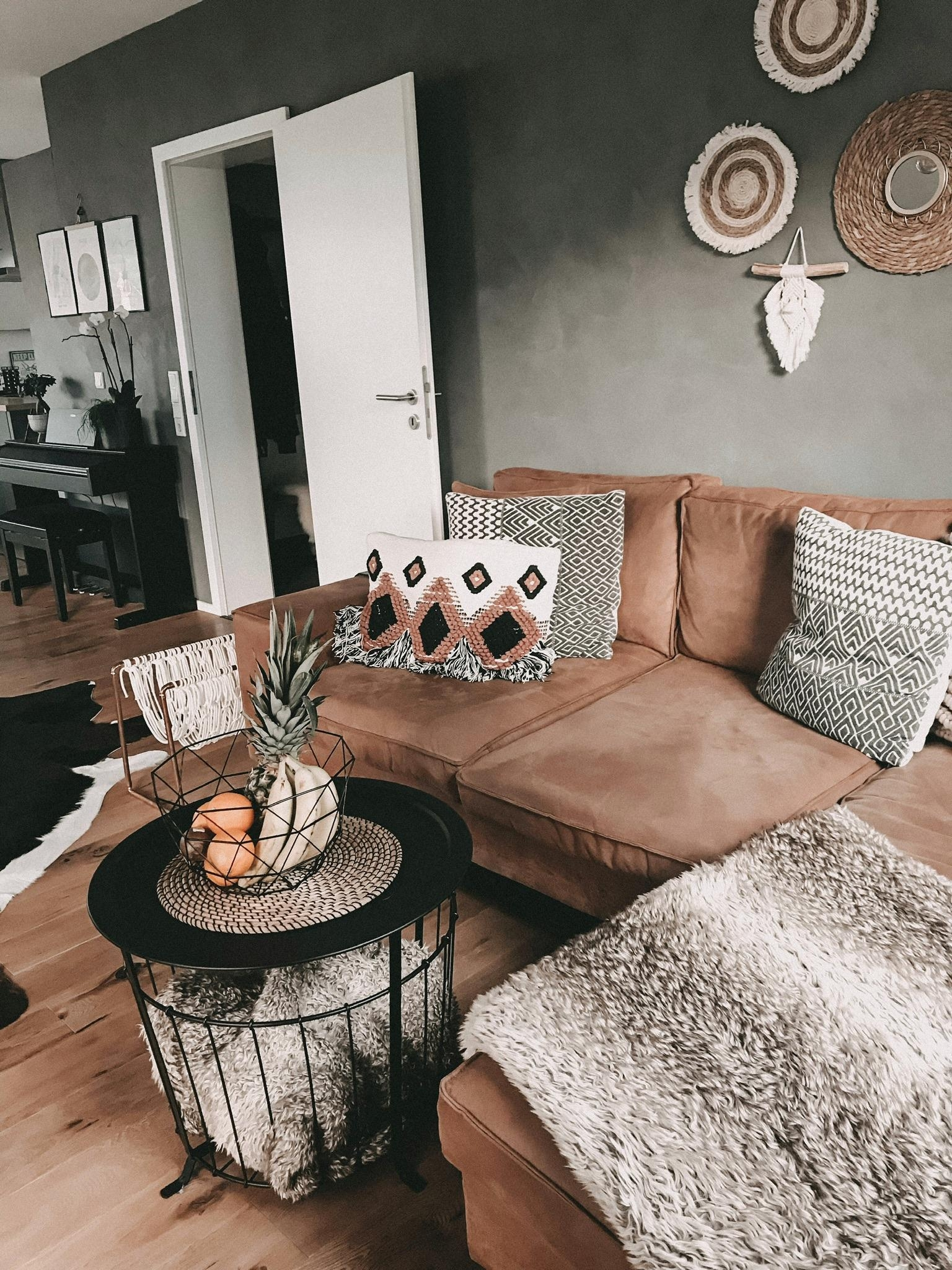 Mein #couchstyle 🙌🏼 Boho trifft auf Industrial! #stilmix #bohostyle #bohemian #industrial #ethno #makramee