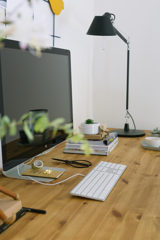 Artemide Schreibtischle schreibtischarbeitsplatte bilder ideen couchstyle