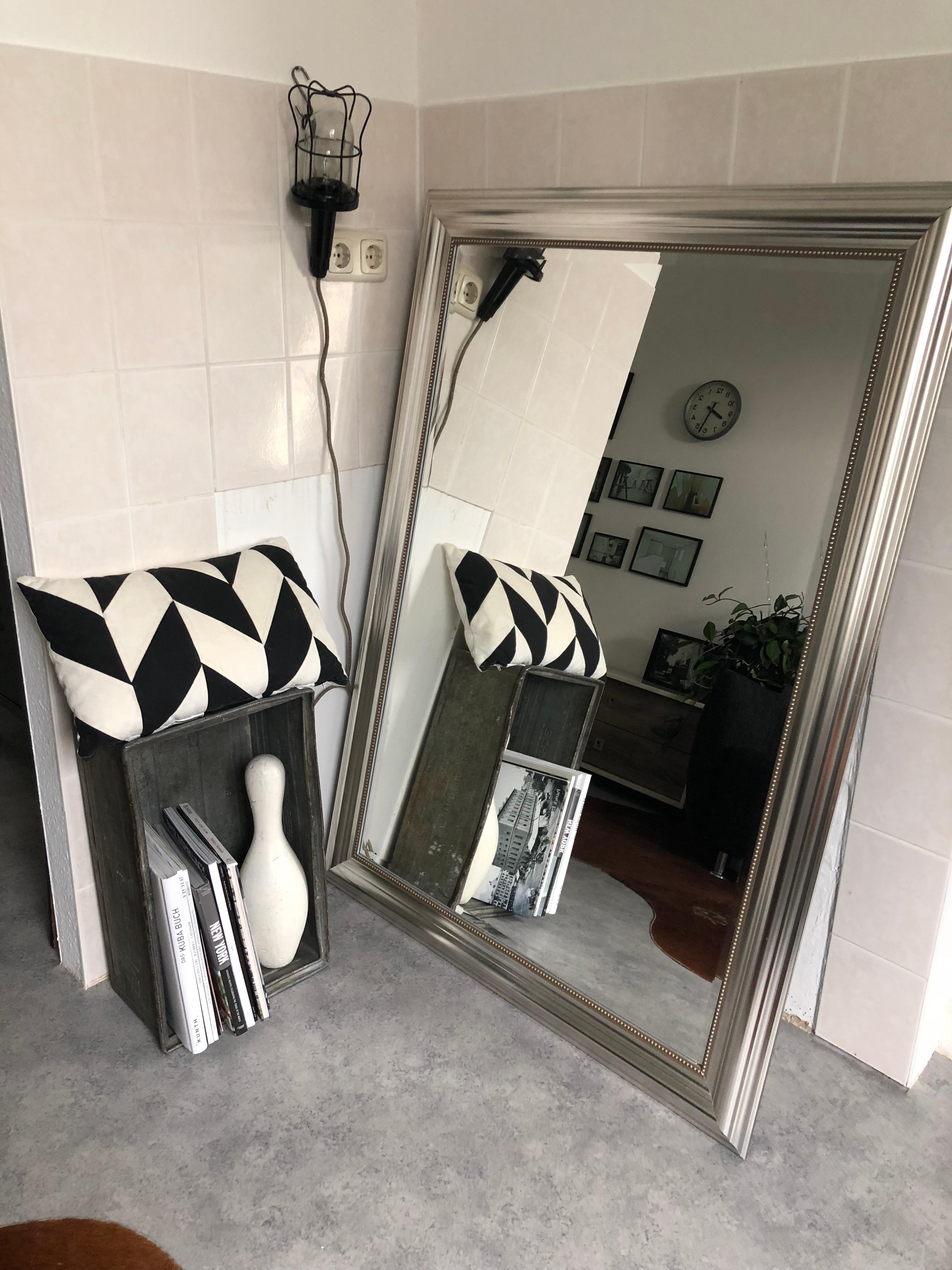 Meine Aktuelle Flurdeko Industrie Meets Bauhaus #dekoliebe #flurdeko  #blackandwhite
