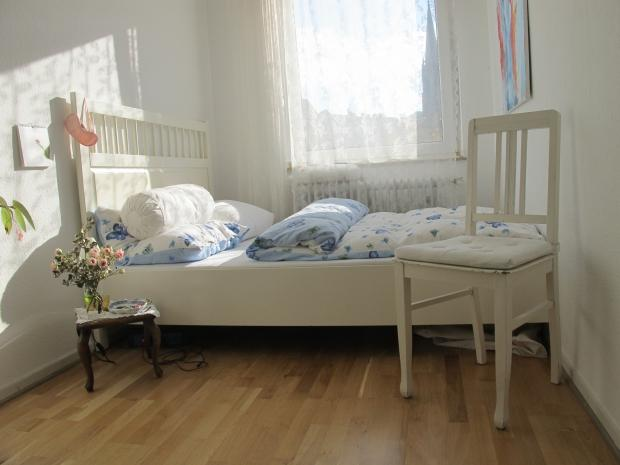 Mini schlafzimmer homestory couchstyle for Mini schlafzimmer