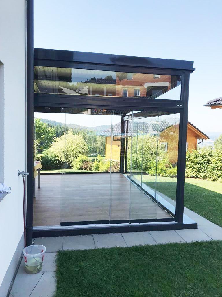 Moderne transparente Glasschiebewände von Sunflex ....