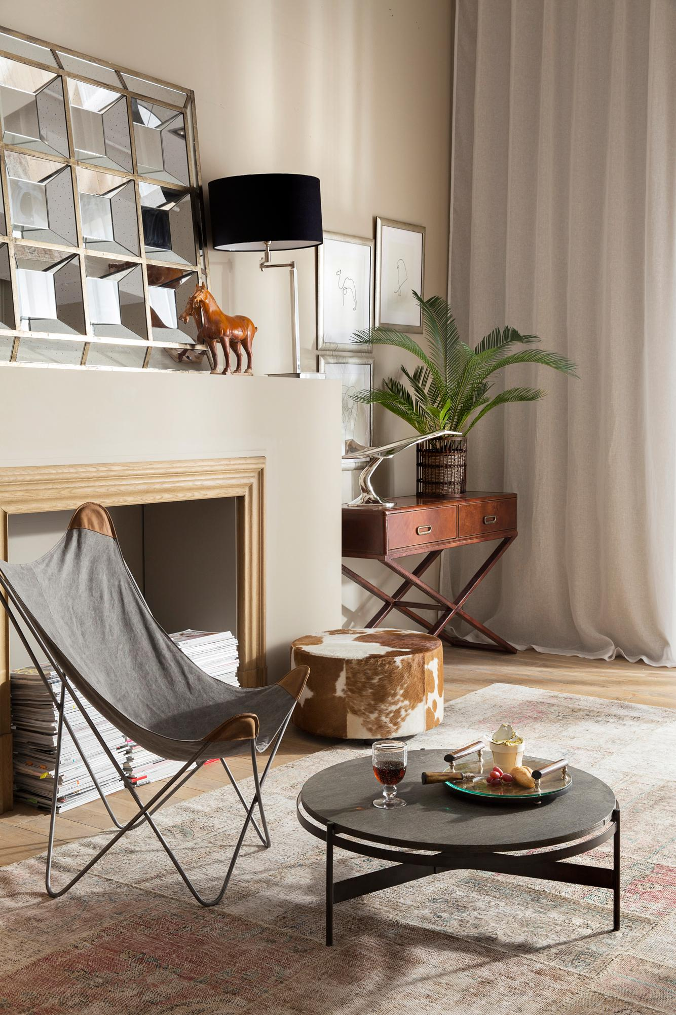 Grauer sessel bilder ideen couchstyle for Grauer couchtisch