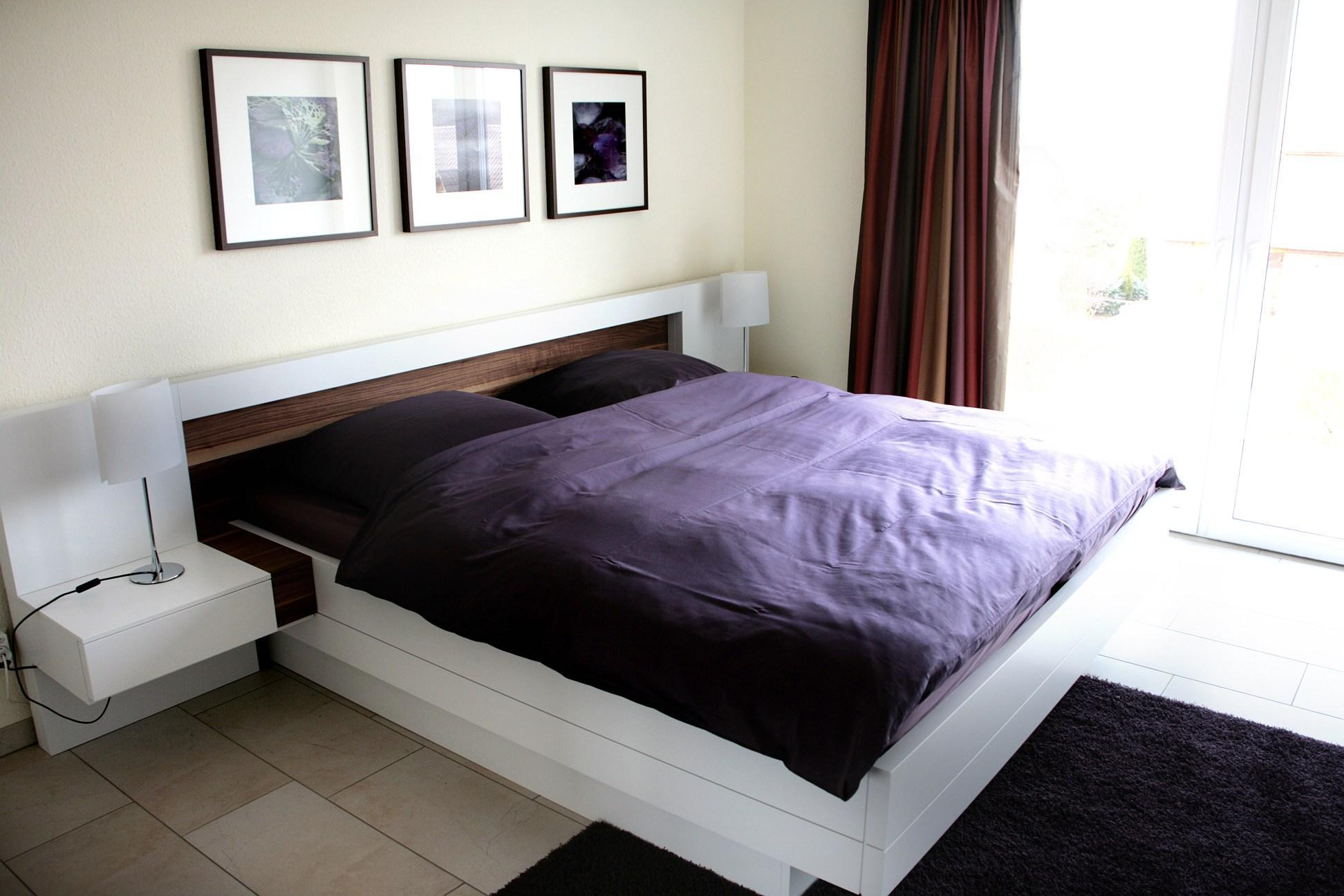 Modernes Schlafzimmer #bettablage ©Feinarbeit Wohnberatung/Th.Finster