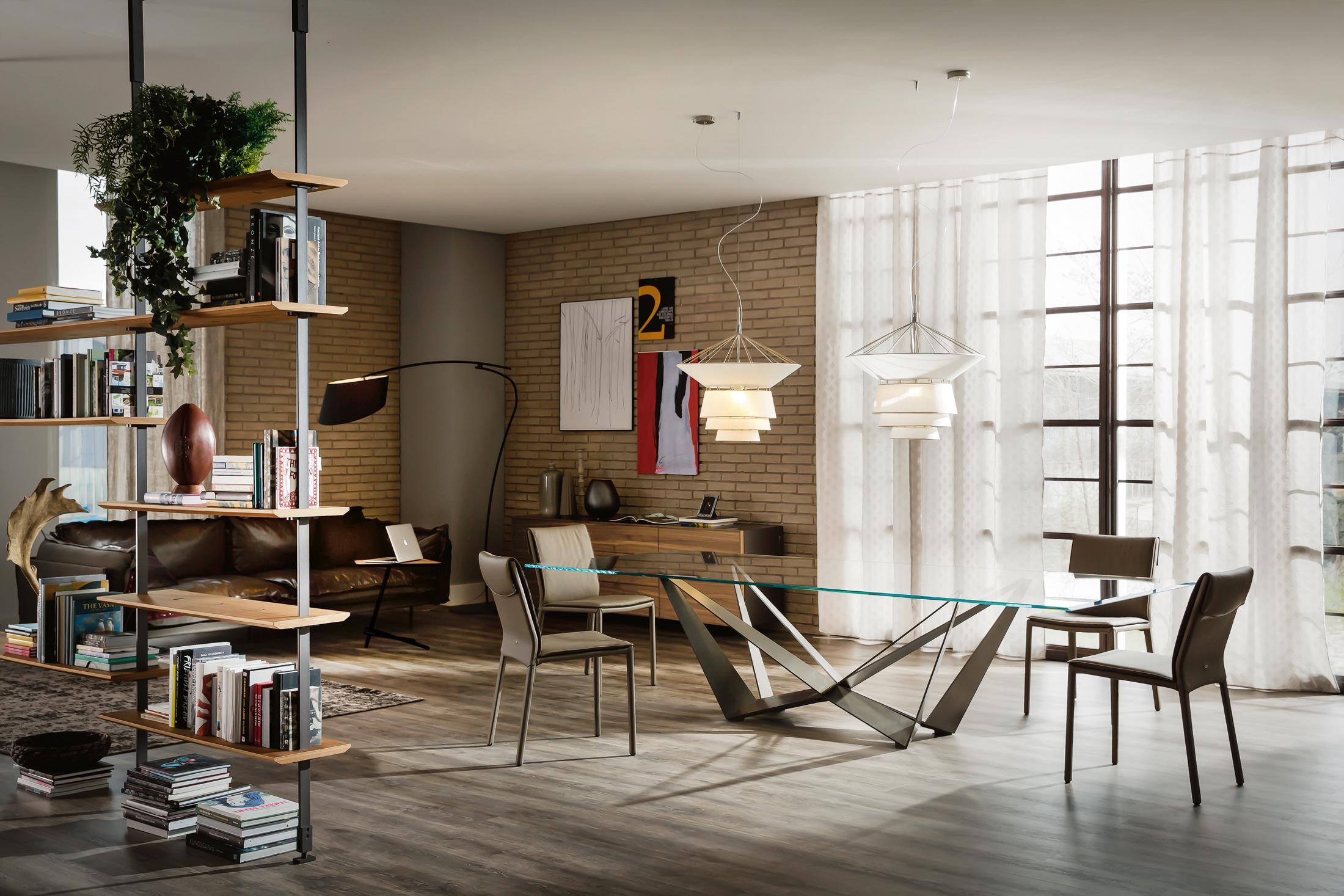 Schön Modernes Wohnzimmer Mit Esstisch Aus Glas #stuhl #eklektisch #glastisch © Cattelan Italia
