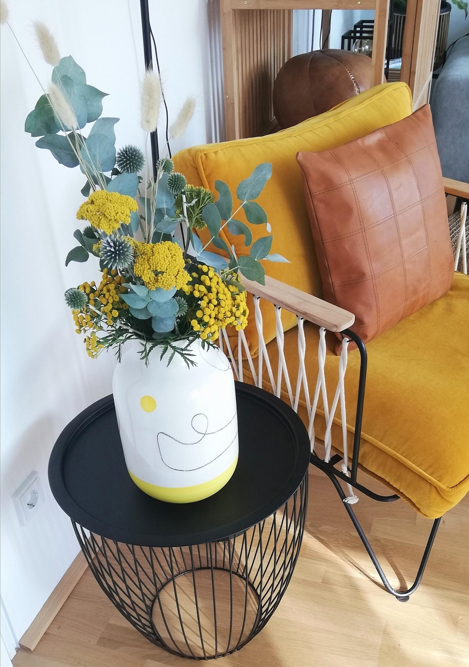 #motelamiio #vase #trockenblumen #decor #decoration #diy #homemade #blumendeko #flowers #living #interior #design