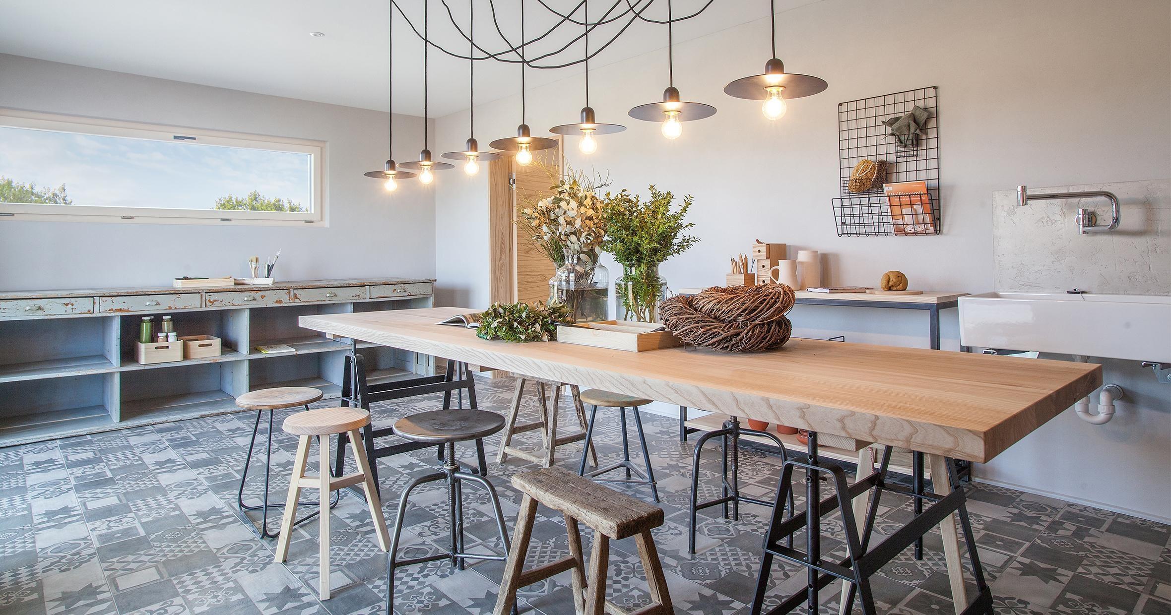 holzhaus inspiration einrichtungsideen bei couch. Black Bedroom Furniture Sets. Home Design Ideas