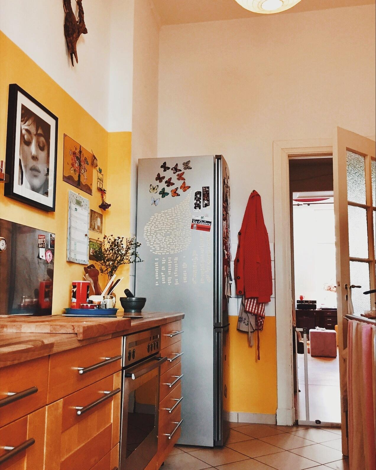 My kitchen again 😌 #yellowwall #soulkitchen